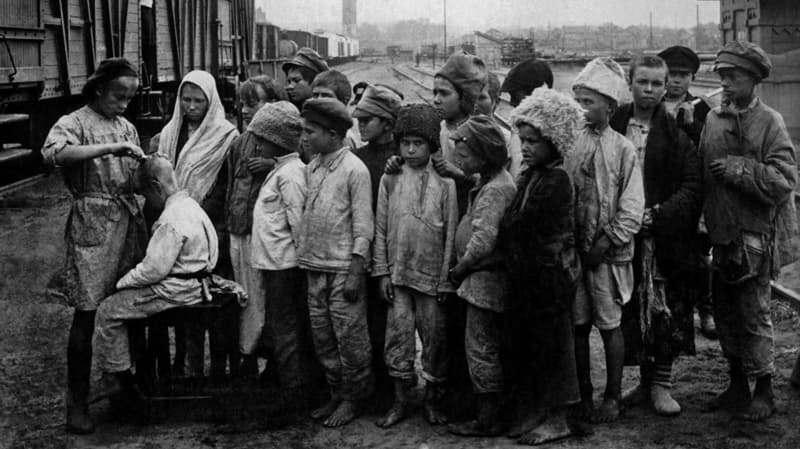 Дети-сироты в 1920-х годах